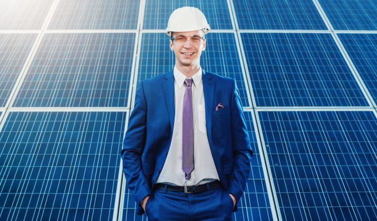Estudo sobre energia solar gratuito é oferecido em Workshop de Empreendedorismo