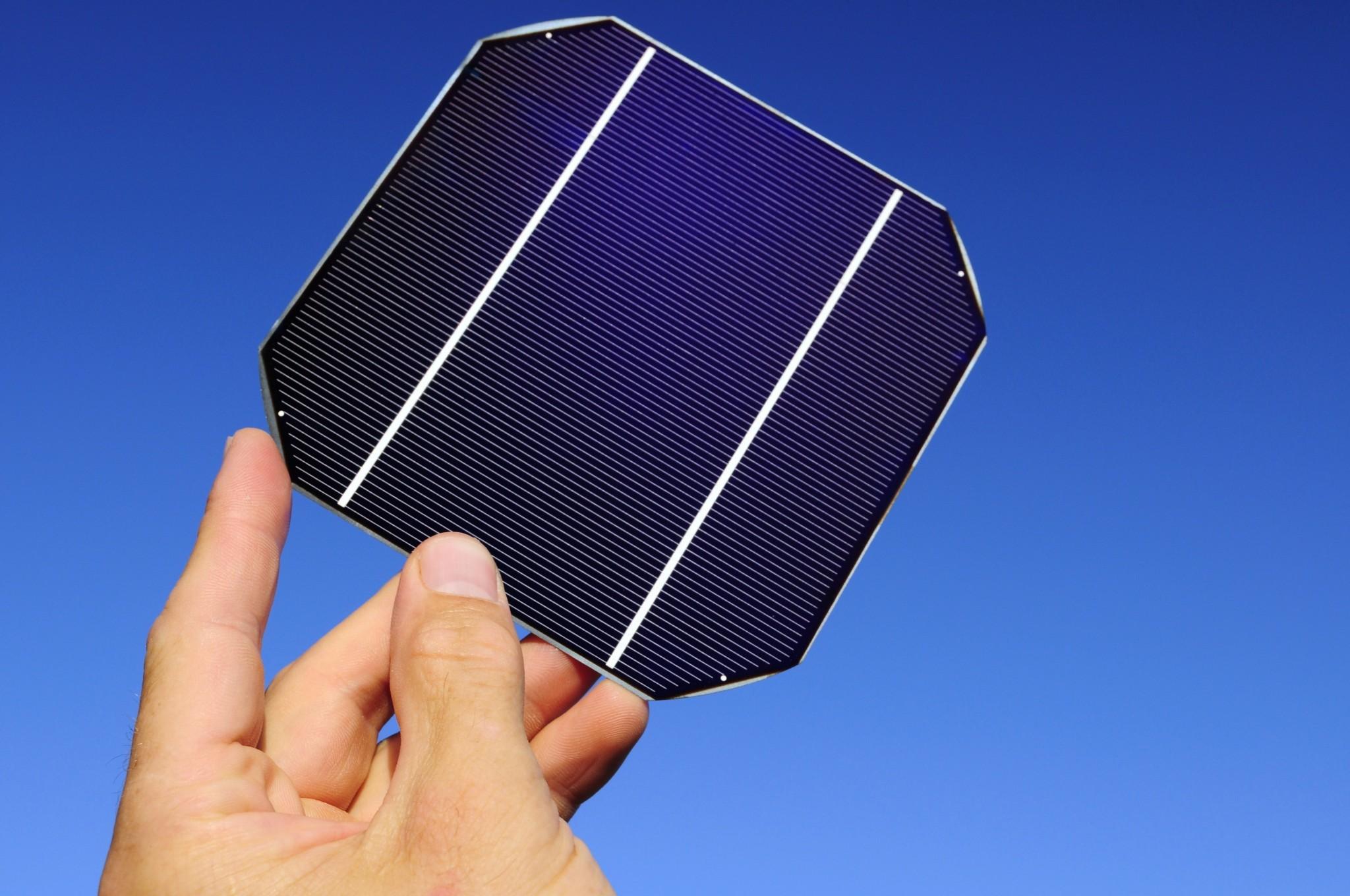 energia solar taboao da serra _ uma célula solar fotovoltaica