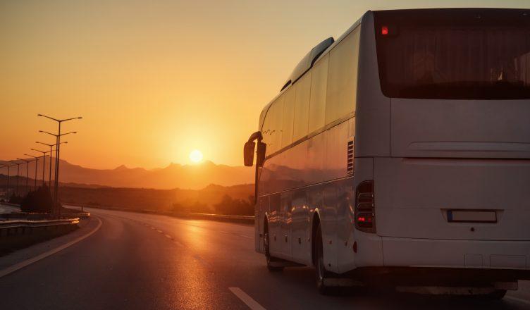 Ônibus movido à energia solar é inovação sustentável em Florianópolis