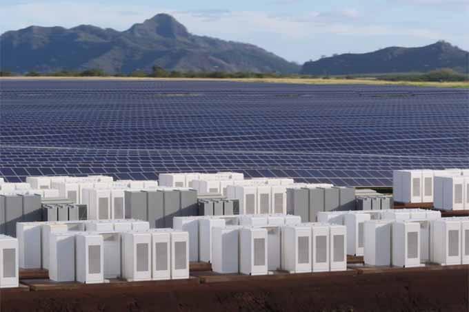 fazenda-solar-tesla-no-havai-1