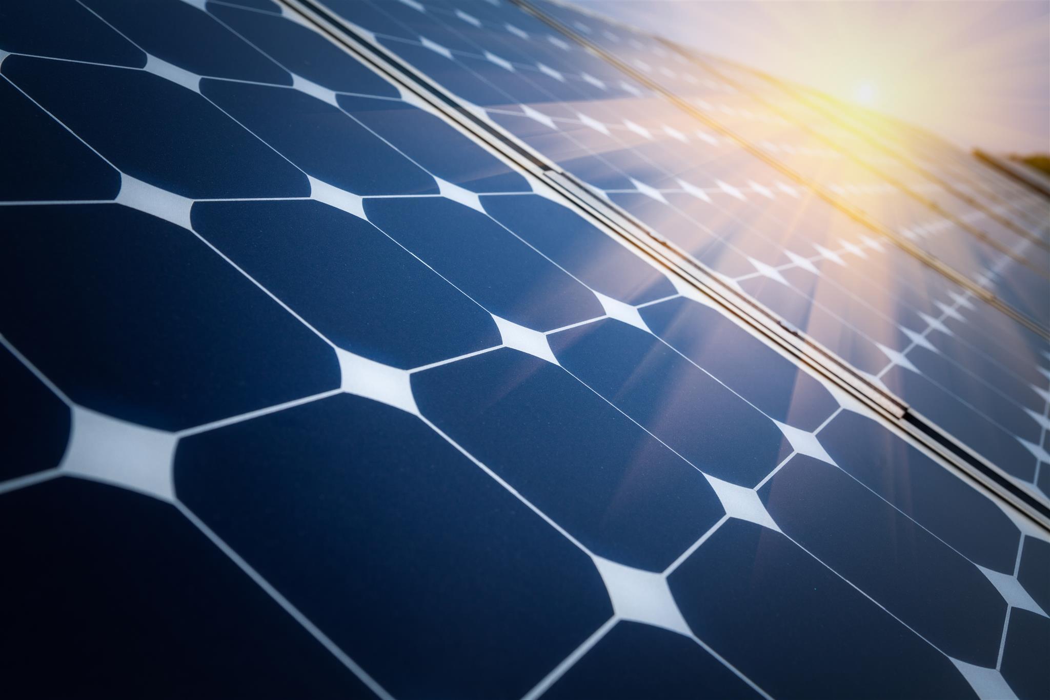 Placas Fotovoltaicas e sua geração de energia elétrica através da luz do sol