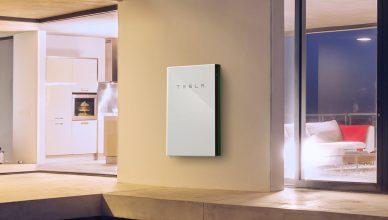 bateria-solar-residencial-conectada-a-rede-ja-e-maioria-nos-eua-2