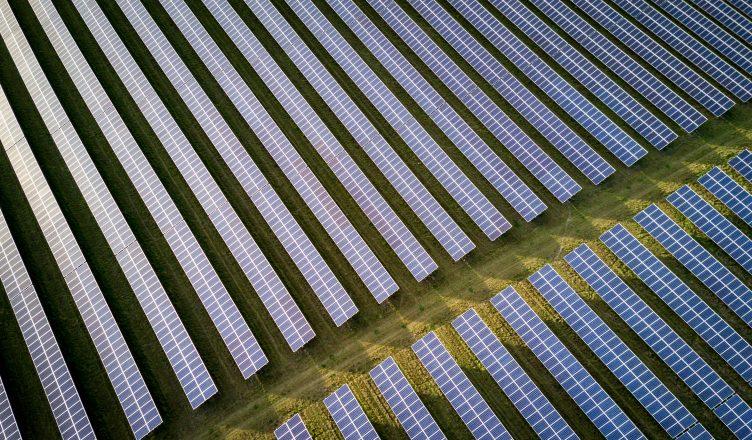 puxado-pela-china-setor-solar-mundial-crescera-100gw-este-ano