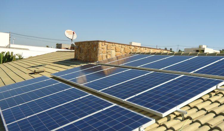 programa-para-expansao-dos-telhados-solares-sera-lancado-este-ano