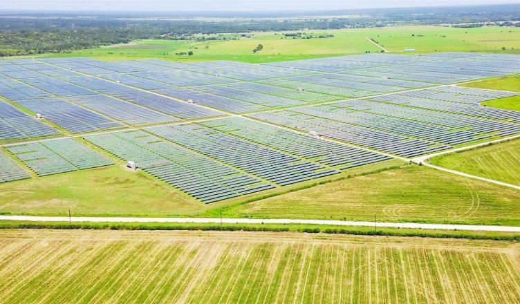 capacidade-fotovoltaica-aumenta-54-em-paises-emergentes