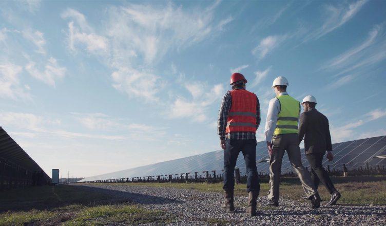 energia-solar-ira-criar-mais-de-11-mil-empregos-com-novas-usinas