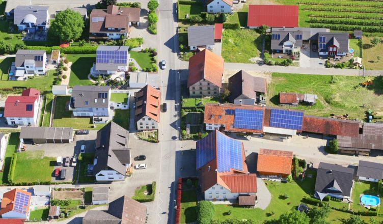7 Razões Porque a Energia Solar Residencial Vale a Pena _ capa blog