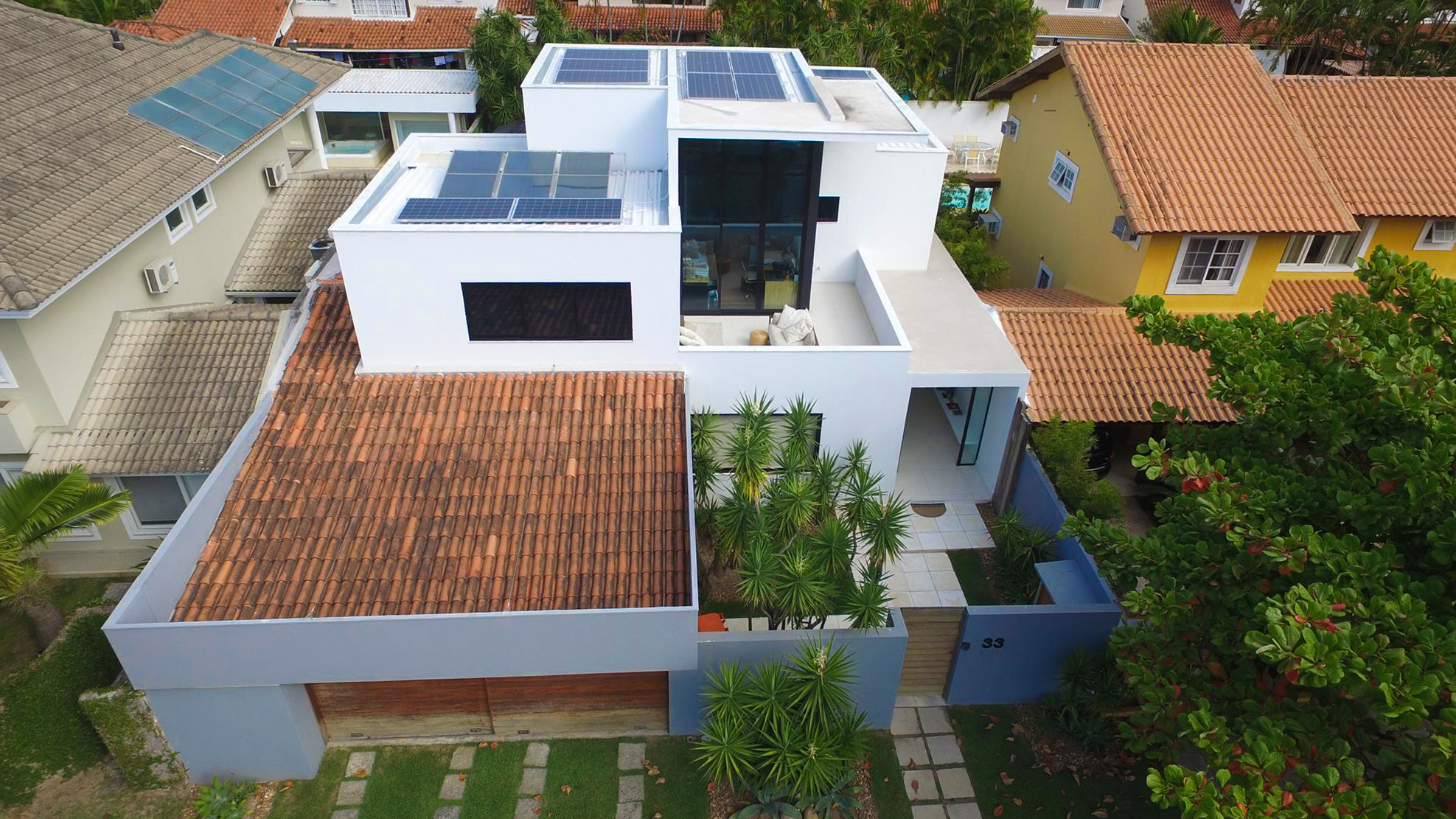 Como captar energia solar _ sistema solar fotovoltaico residencial
