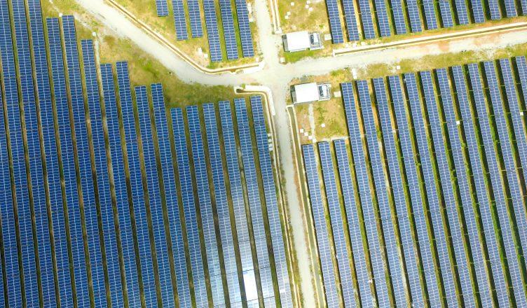 u1-trilhao-para-mil-gigawatt-de-energia-solar-ate-2030