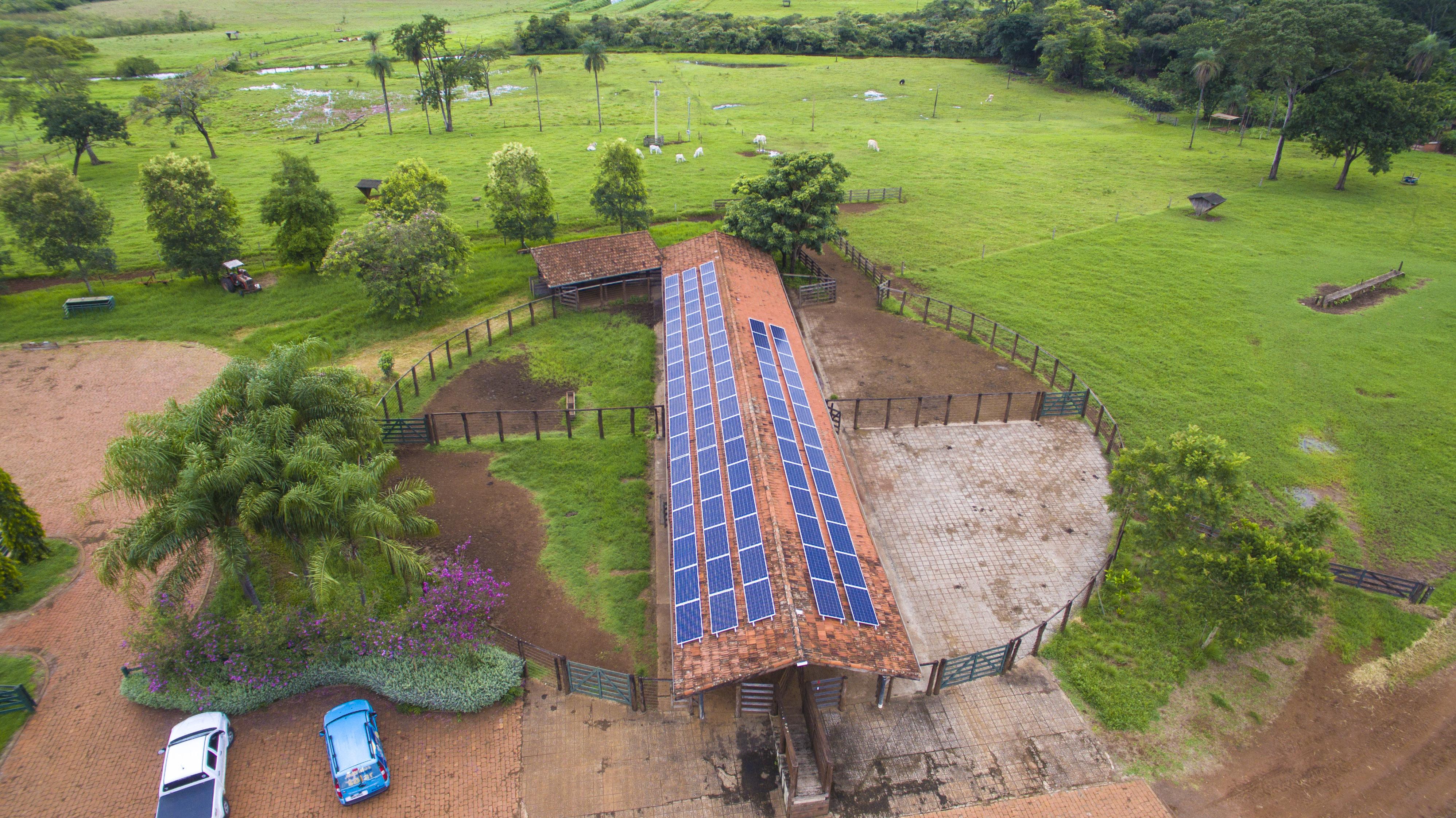 energia solar para irrigação _ sistema fotovoltaico em propriedade rural