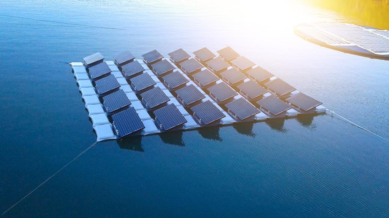 suporte para placa solar _ estrutura flutuante