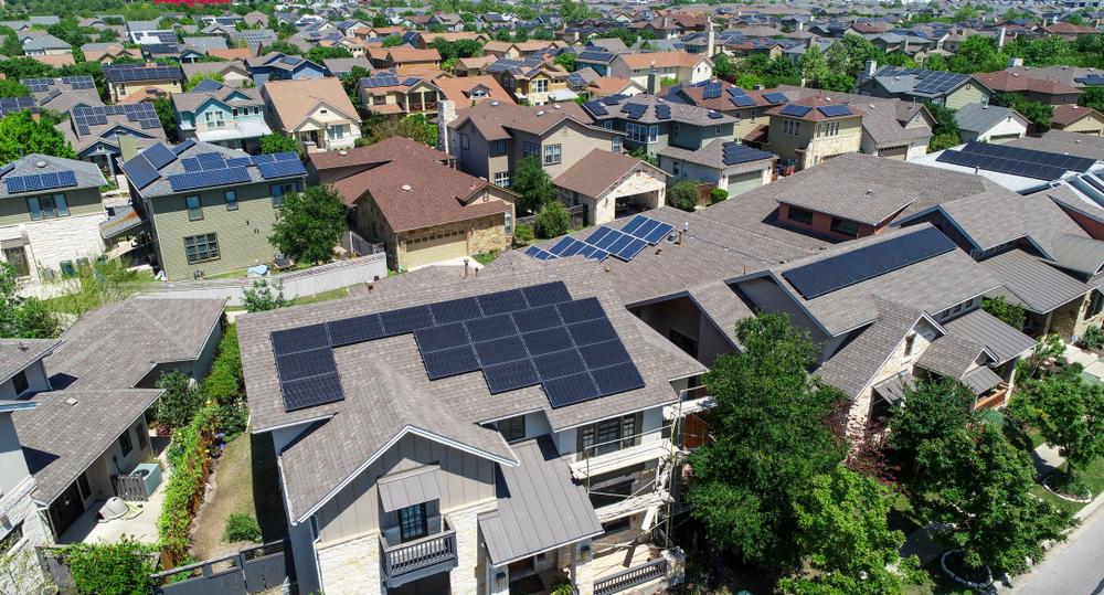 eletricidade solar _ casas com sistemas de energia solar fotovoltaica