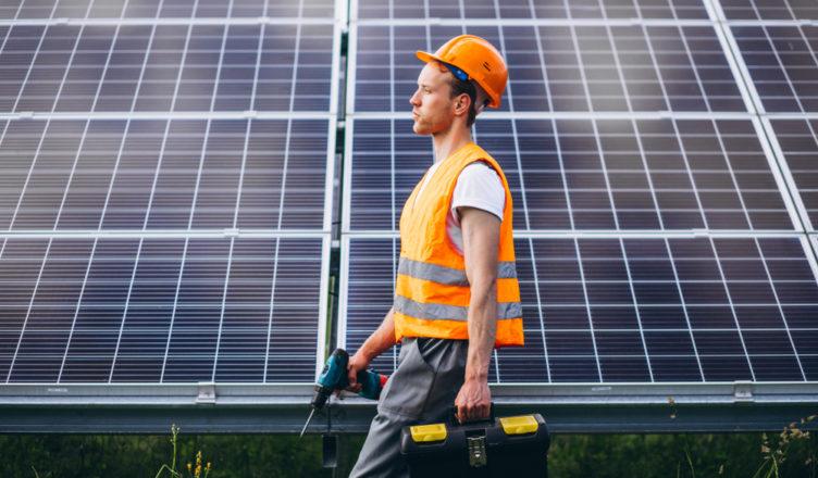 como posso trabalhar com energia solar