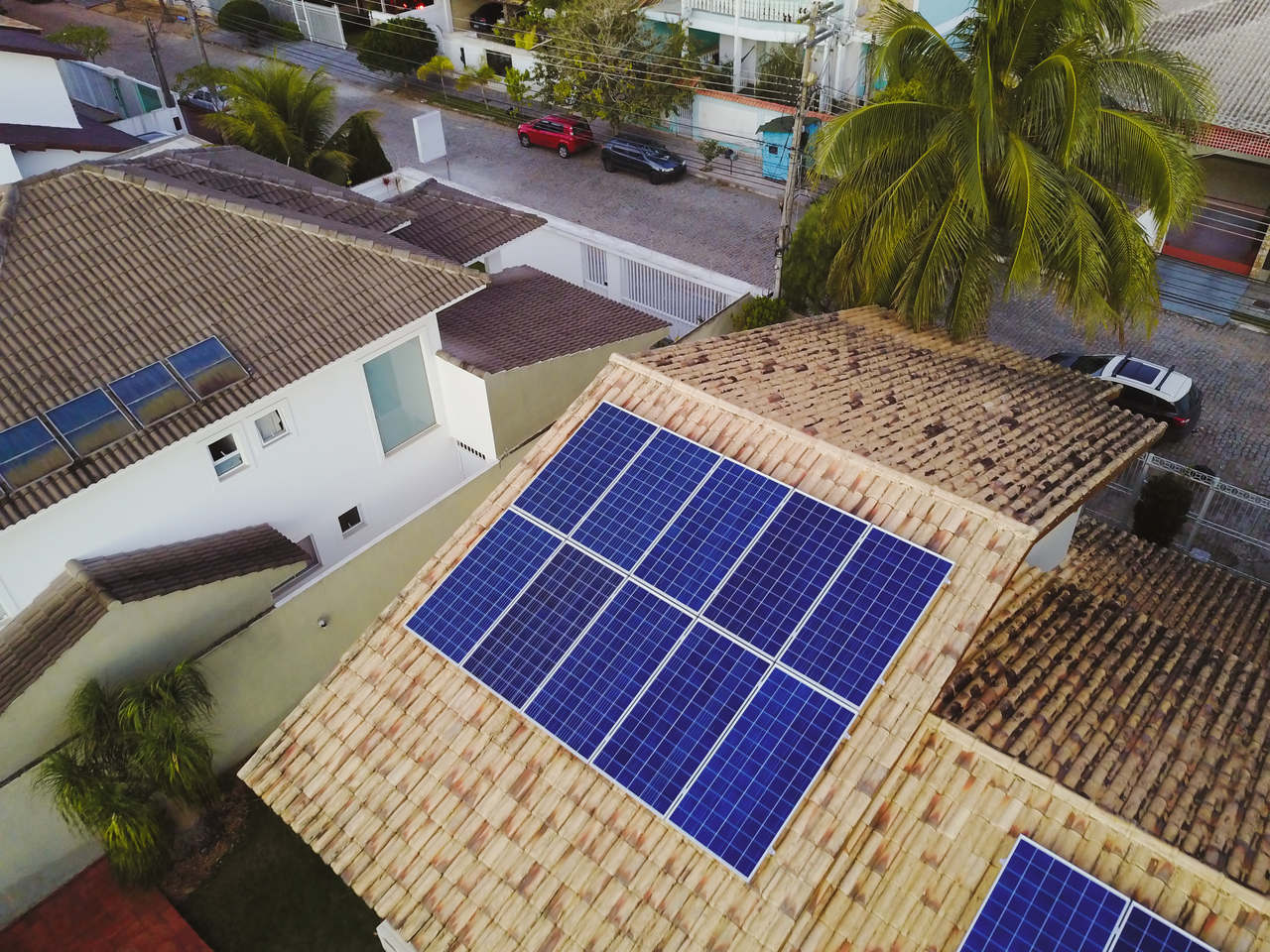 energia solar são joão do ivaí _ painel solar sobre telhado residencial