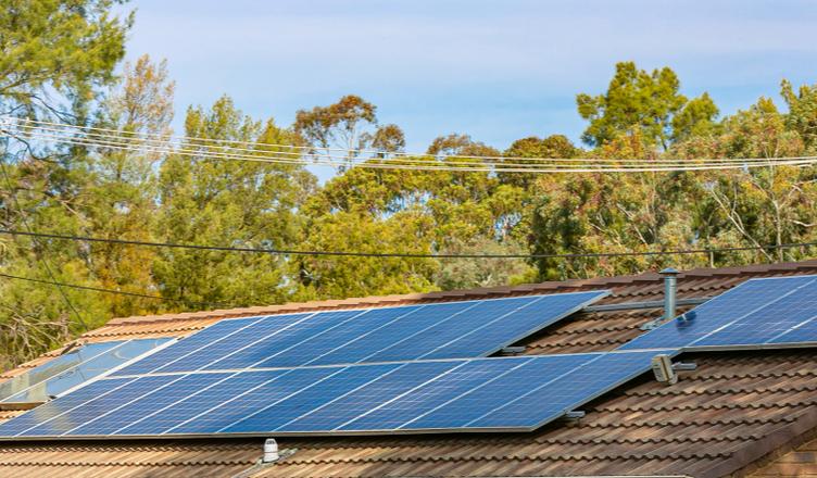 opções de energia solar para residência _ sistema fotovoltaico
