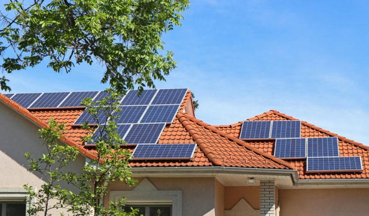 painel solar telhado _ como e por quanto instalar?