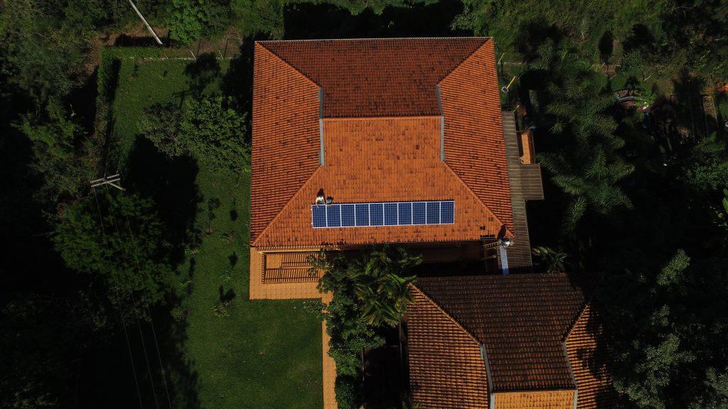 gerador solar fotovoltaico _ painel solar