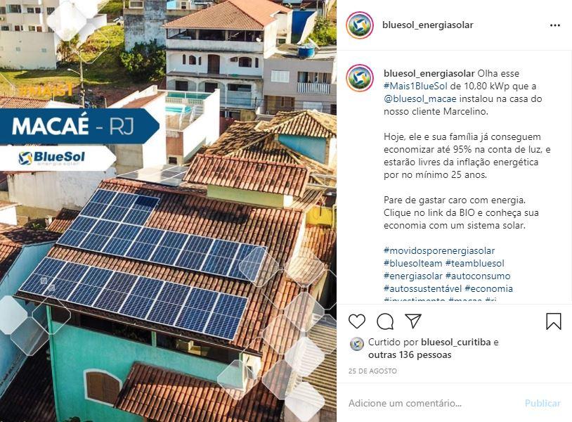 energia solar Macaé _ telhado residencial com placa solar