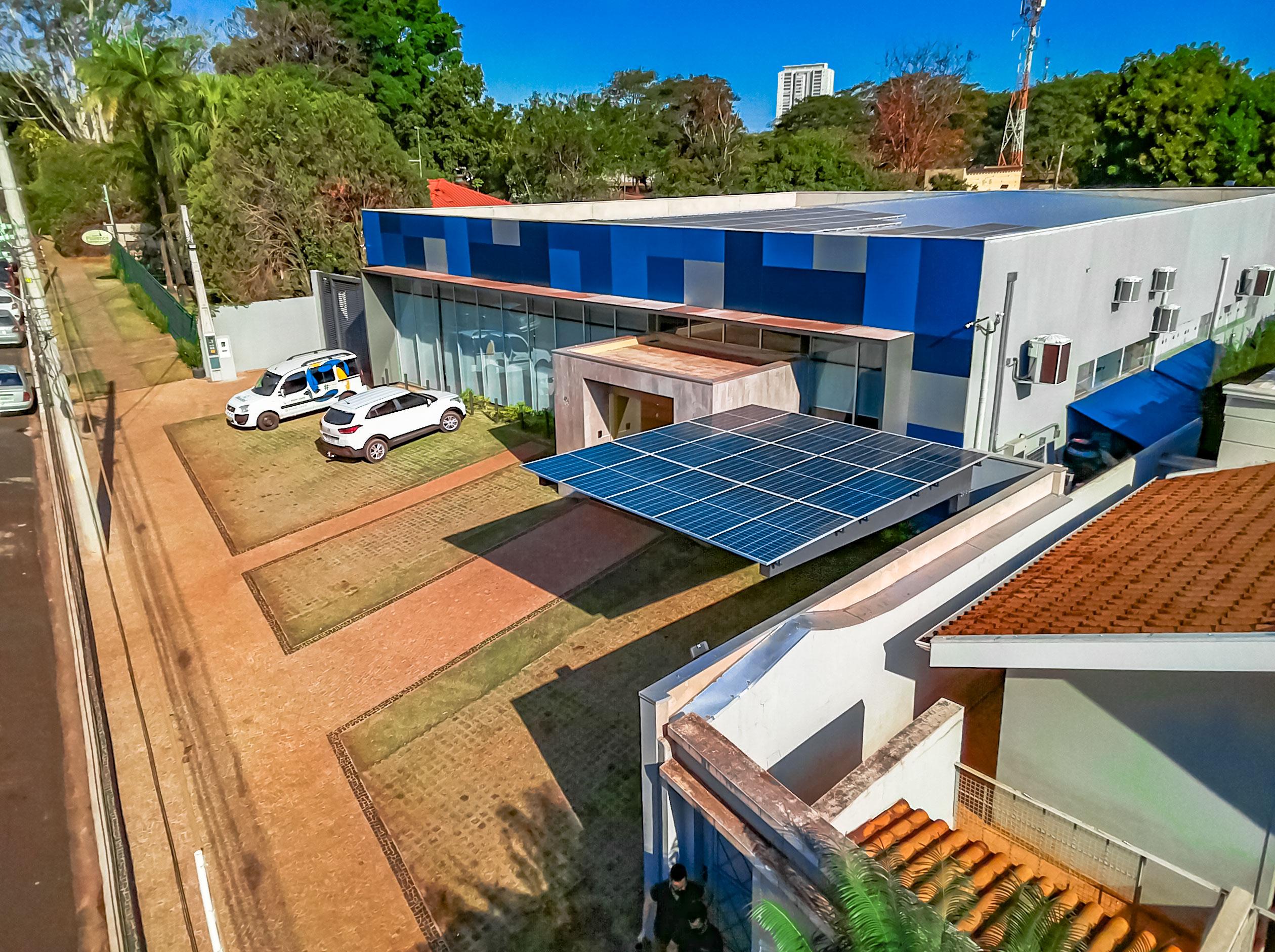 carport solar _ estrutura pórtico balanço simples