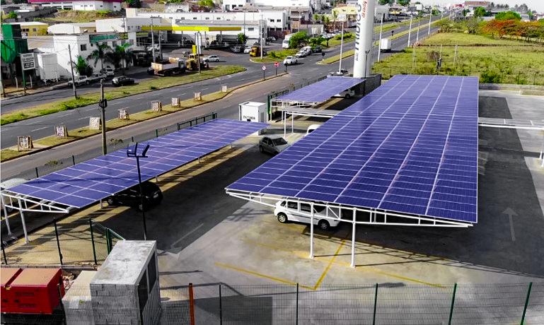 carport solar _ estrutura de pórtico com balanço duplo
