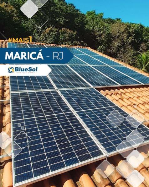 energia solar Maricá _ painel solar em telhado residencial